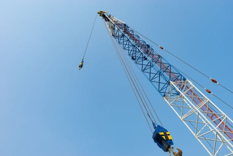 Understanding How a Crawler Crane Works