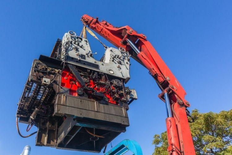 How Hydraulic Truck Cranes Work