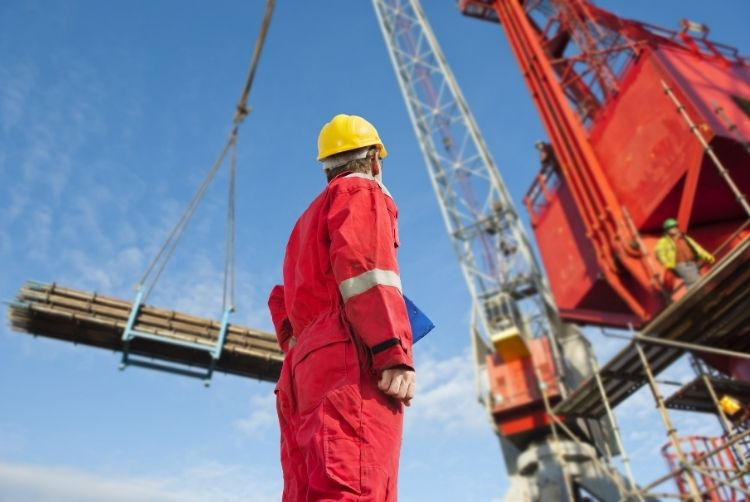 The Relationship Between Signaller and Crane Operator